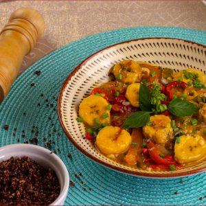 Moqueca banana da terra com quinoa - low carb